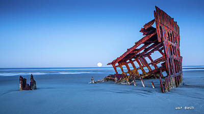 Photograph - The Wreck Of The Peter Iredale by Walt Baker