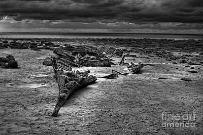 The Wreck Of The Sheraton In Black And White Art Print by John Edwards