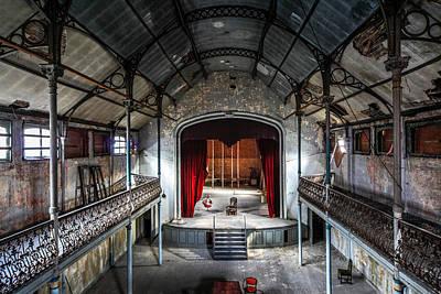 Theatre Scene And Balcony - Urban Decay Art Print