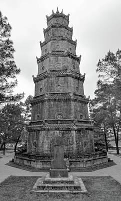 Photograph - Thien Mu Pagoda by Tran Minh Quan