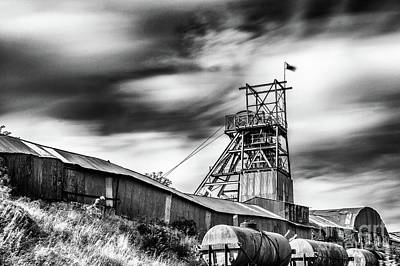 Photograph - Thirty Seconds At Big Pit Mono by Steve Purnell