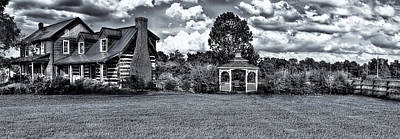 Photograph - This Farm House by Reynaldo Williams