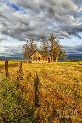 Photograph - This Old House by Randy Wood