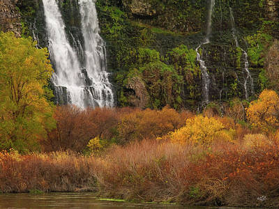 Photograph - Thousand Springs by Leland D Howard