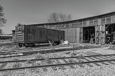 Photograph - Thr Roundhouse by Jim Thompson