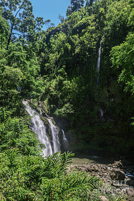 Photograph - Three Bear Falls Or Upper Waikani Falls On The Road To Hana, Maui, Hawaii by Peter Dang