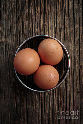 Photograph - Three Brown Eggs by Edward Fielding