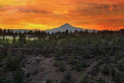Farmland Photograph - Mount Jefferson At Sunset by David Gn