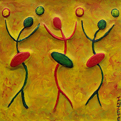 Painting - Three Flirts by Injete Chesoni
