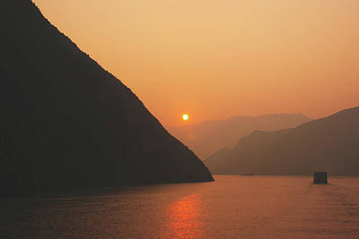 Photograph - Three Gorges Sunrise by Ray Devlin