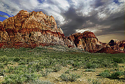 Photograph - Three Peaks In Red Rock Canyon by Alan Socolik