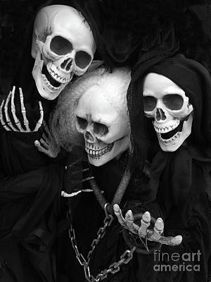 Skull Photograph - Spooky Scary Skeletons - Halloween Skeleton Black And White Spooky Gothic Skull Skeleton Art by Kathy Fornal