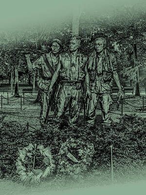 Photograph - Three Soldiers Memorial by David Morefield