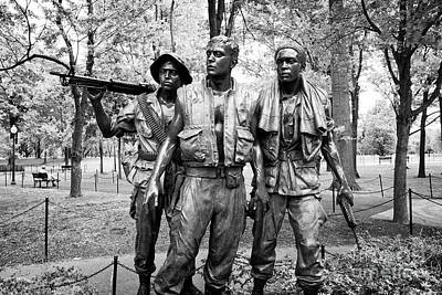 Three Soldiers Or Servicemen Statue At The Vietnam Veterans Memorial Washington Dc Usa Art Print