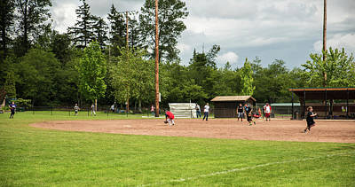 Photograph - Throw To Third by Tom Cochran