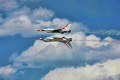 Photograph - Thunderbirds Inverted by Richard Lynch