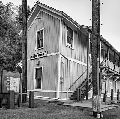 Thurmond Wall Art - Photograph - Thurmond West Virginia Depot - Bw by Steve Harrington