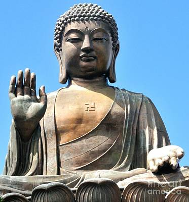 Buddha Statue Photograph - Tian Tan Buddha by Joe  Ng