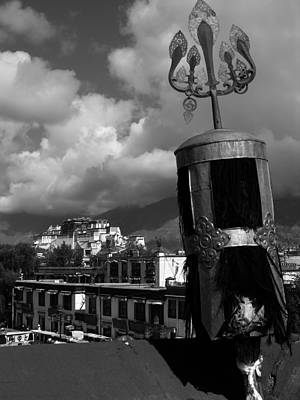 Photograph - Tibet - Lhasa - Potala Palace From Jokhang Temple - B/w by Jacqueline M Lewis