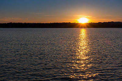 Photograph - Tidal Basin Sunset by SR Green
