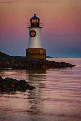 New England Lighthouse Photograph - Tide Coming In At Winter Island Lighthouse by Jeff Folger