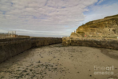 Photograph - Tide Out Portreath by Brian Roscorla