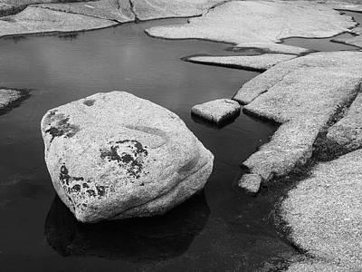 Tide Pool Boulder Art Print by Rod Stewart