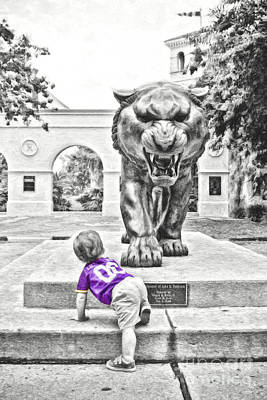 Louisiana State University Photograph - Tiger Dreams Digital Painting - Selective Color by Scott Pellegrin