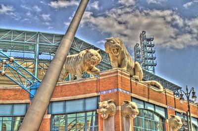 Detroit Tigers Photograph - Tiger Duo by Chris Coleman