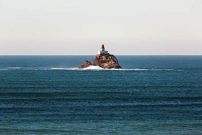 Photograph - Tillamook Rock Lighthouse On A Calm Day by David Gn