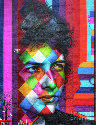 Bob Dylan Photograph - Times They Are A Changing Giant Bob Dylan Mural Minneapolis Detail 1 by Wayne Moran