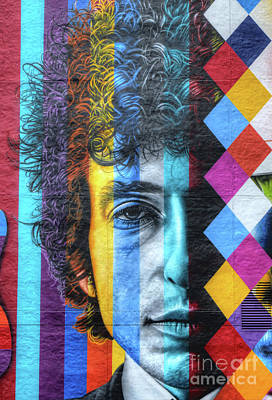 Bob Dylan Photograph - Times They Are A Changing Giant Bob Dylan Mural Minneapolis Detail 2 by Wayne Moran