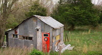 Hollywood Style - Tin Phillips 66 Shed by Grant Groberg