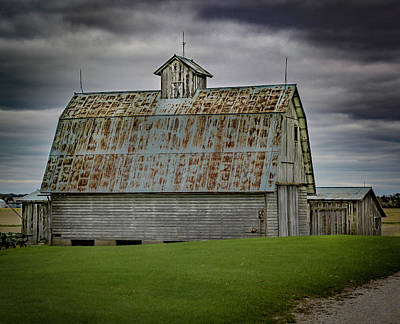 Photograph - Tin Roof Barn by Ray Congrove