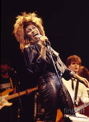 Photograph - Tina Turner 1984 by Chris Walter