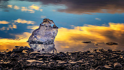 Photograph - Tiny Iceberg by James Billings