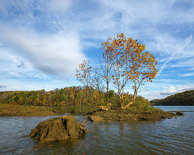 Photograph - Tiny Island Fall by Alan Raasch