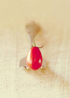 Photograph - Tiny Tomato by Colleen Farrell