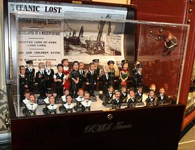 Functional Sinks Sculpture - Titanic Chess Set by Anto and Gerard Brennan