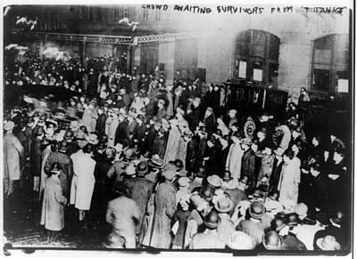 Titanic, Crowd Awaiting Survivors Art Print by Everett