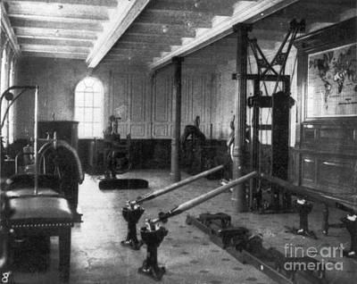 Titanic: Exercise Room, 1912 Art Print by Granger