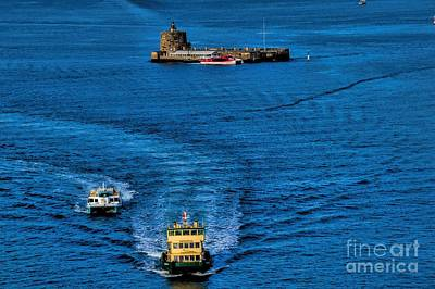 Photograph - To Port by Diana Mary Sharpton