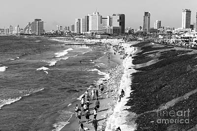 Photograph - To Tel Aviv by John Rizzuto
