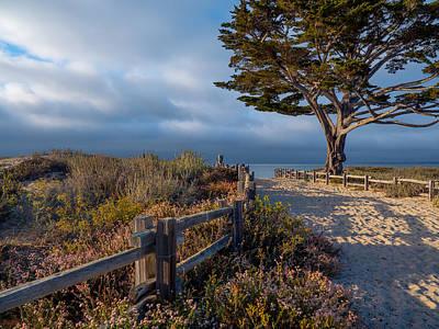 Photograph - To The Beach by Derek Dean