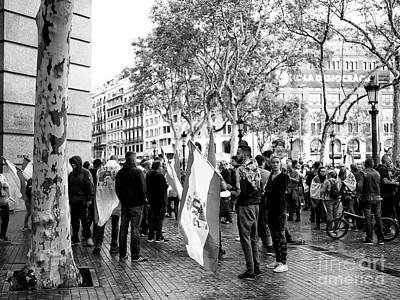 Photograph - To The Rally In Barcelona by John Rizzuto