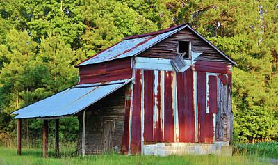 Photograph - Tobacco Barn by Cynthia Guinn