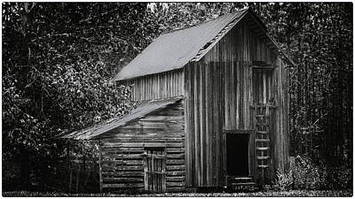 Photograph - Tobacco Barn by Ronald Broome