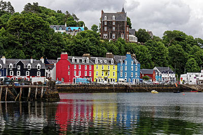 Colourfull Digital Art - Tobermory by Martin Wall