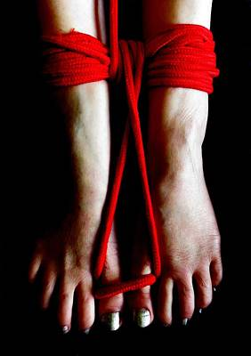 Photograph - Toe Tied by Guy Pettingell