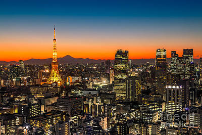 Japan Town Photograph - Tokyo 03 by Tom Uhlenberg